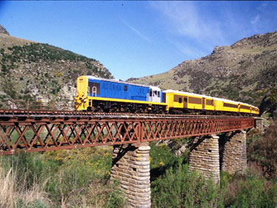Taieri Gorge Railway in Dunedin